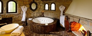 Chateau-Eza bathroom