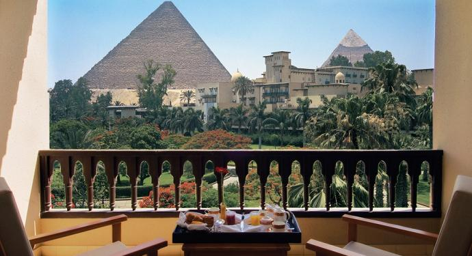 best hotel room view pyramids