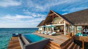 maldives overwater villa honeymoon